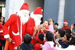 Merry-Christmas-celebrated-10